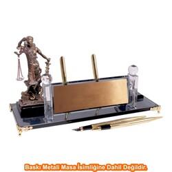 Digitronix - Altın Adalet Heykelli Kristal Masa İsimliği KC1605