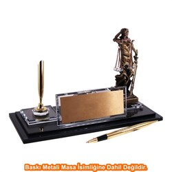 Digitronix - Altın Adalet Heykelli Kristal Masa İsimliği KC1611
