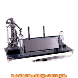 Digitronix - Gümüş Adalet Heykelli Kristal Masa İsimliği KC1606