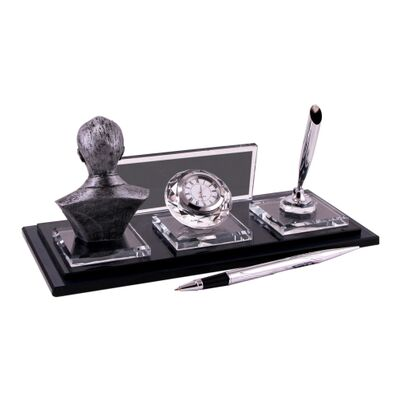 Gümüş Atatürklü Kristal Masa İsimliği KC1610