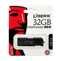 - Kingston Flash Bellek DT104 32GB