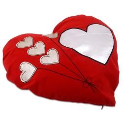 - Sublimasyon Kalpli Balon Desen Kırmızı Kalp Yastık (1)