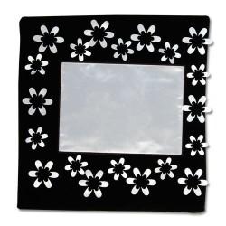 - Sublimasyon Kare Çiçekli Siyah 45cm Yastık Kılıfı